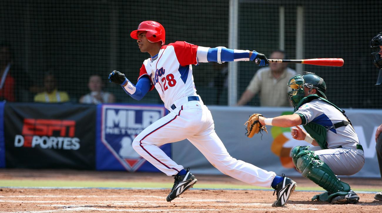 Braves Cuban Hector Olivera