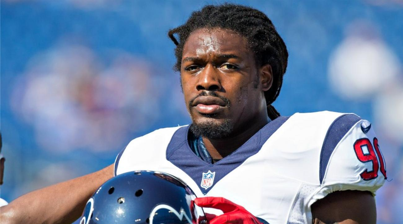 Texans Jadaveon Clowney bitten by D.J. Swearinger's dog