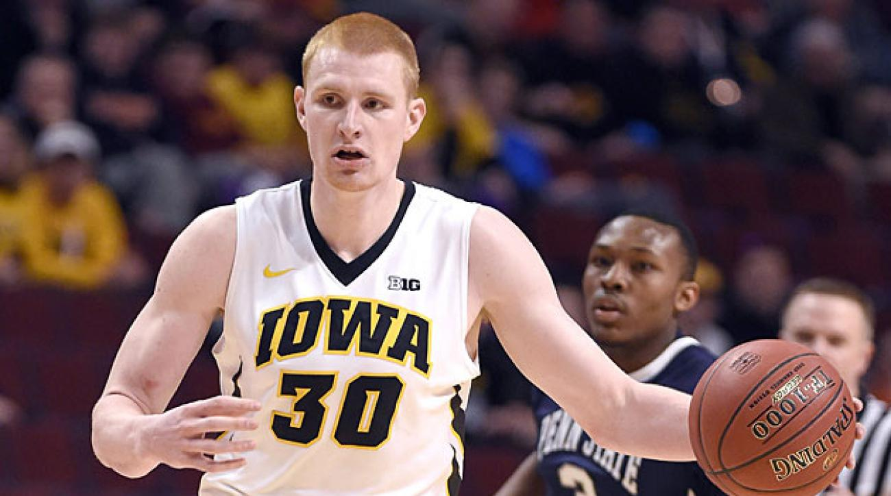 2015 NCAA tournament team previews: Iowa Hawkeyes | SI.com