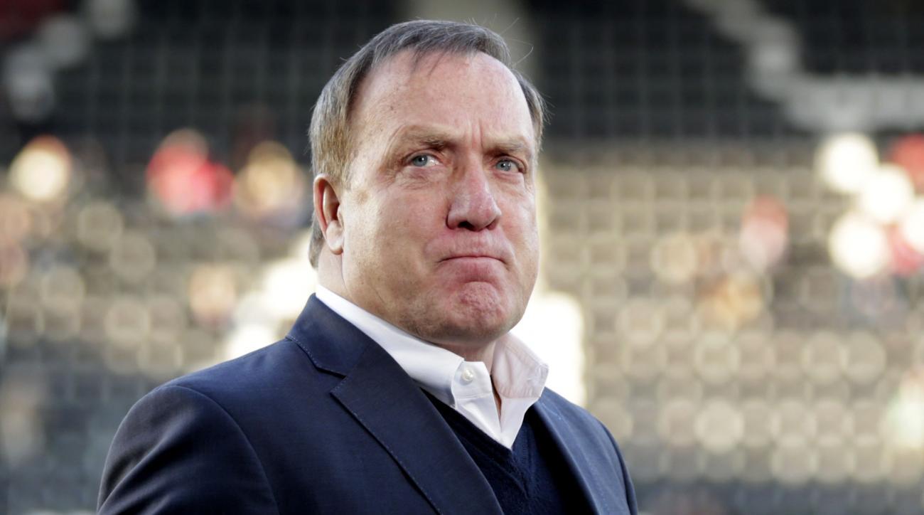 Sunderland hires Dick Advocaat