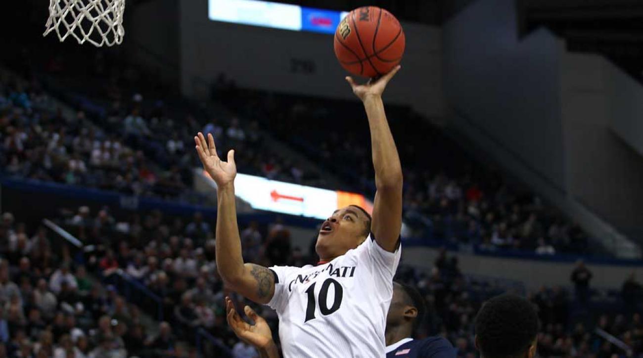 Cincinnati loses Kentucky crazy shot sweet sixteen troy caupain