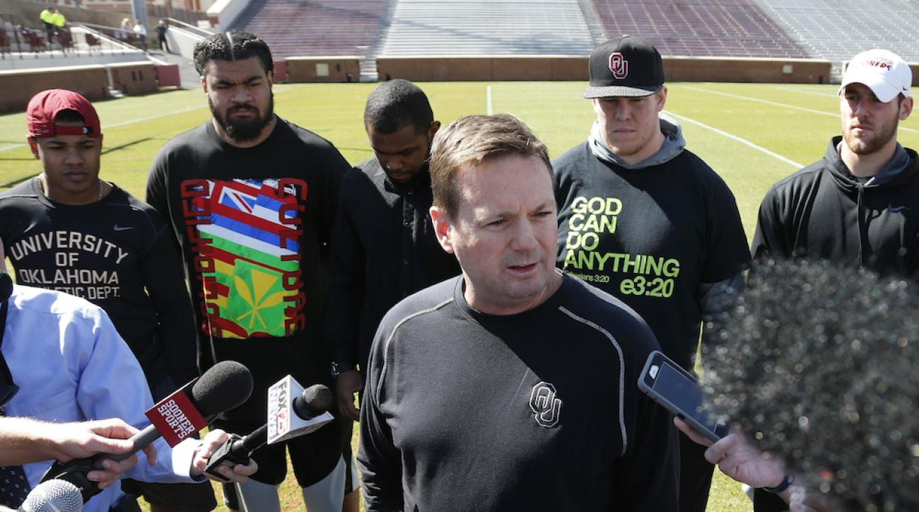 bob stoops oklahoma sooners racist fraternity video