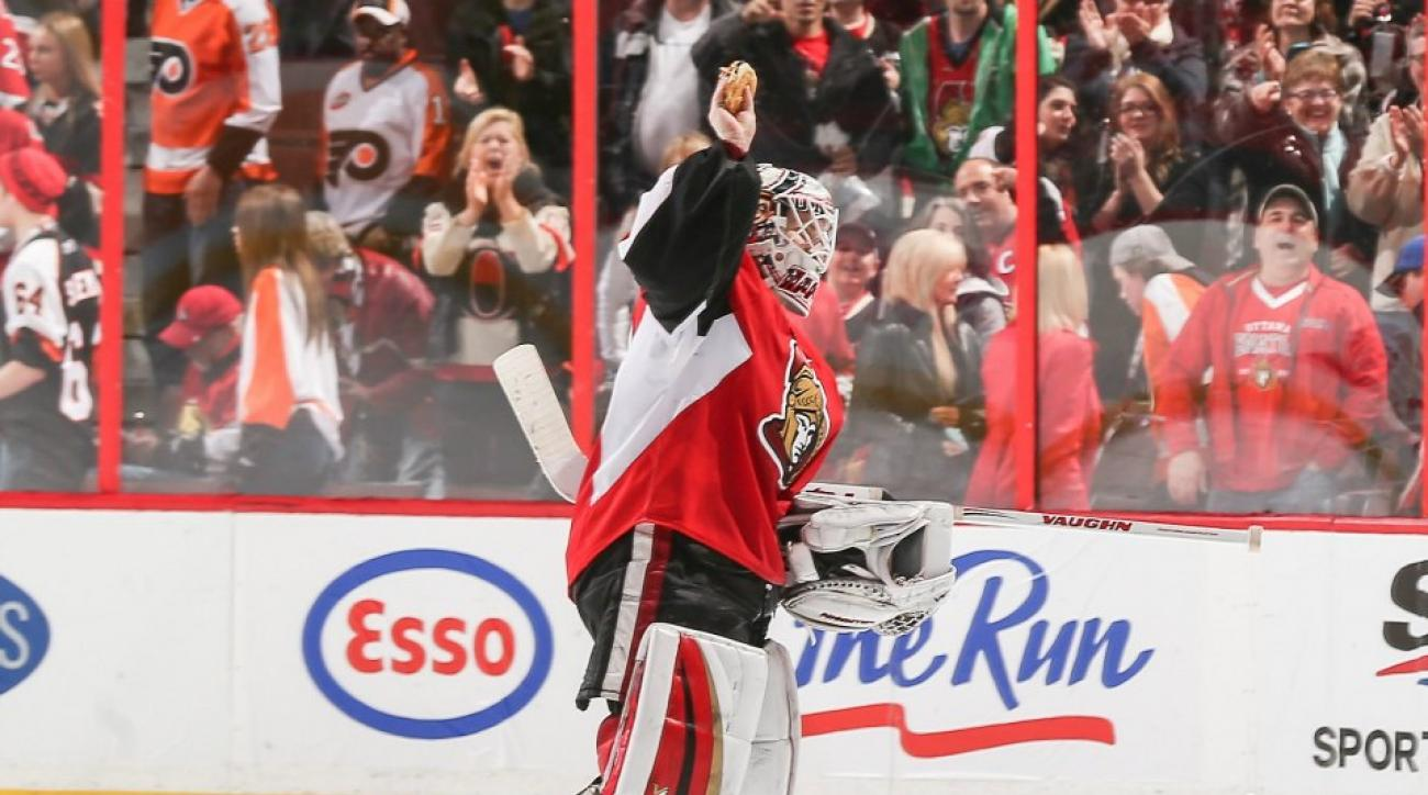 Senators ask fans to stop throwing hamburgers on the ice