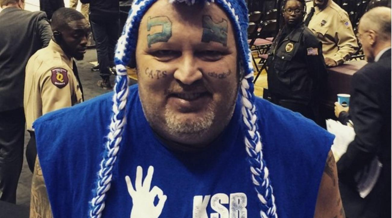 Kentucky fan shows his Big Blue love with face tattoos
