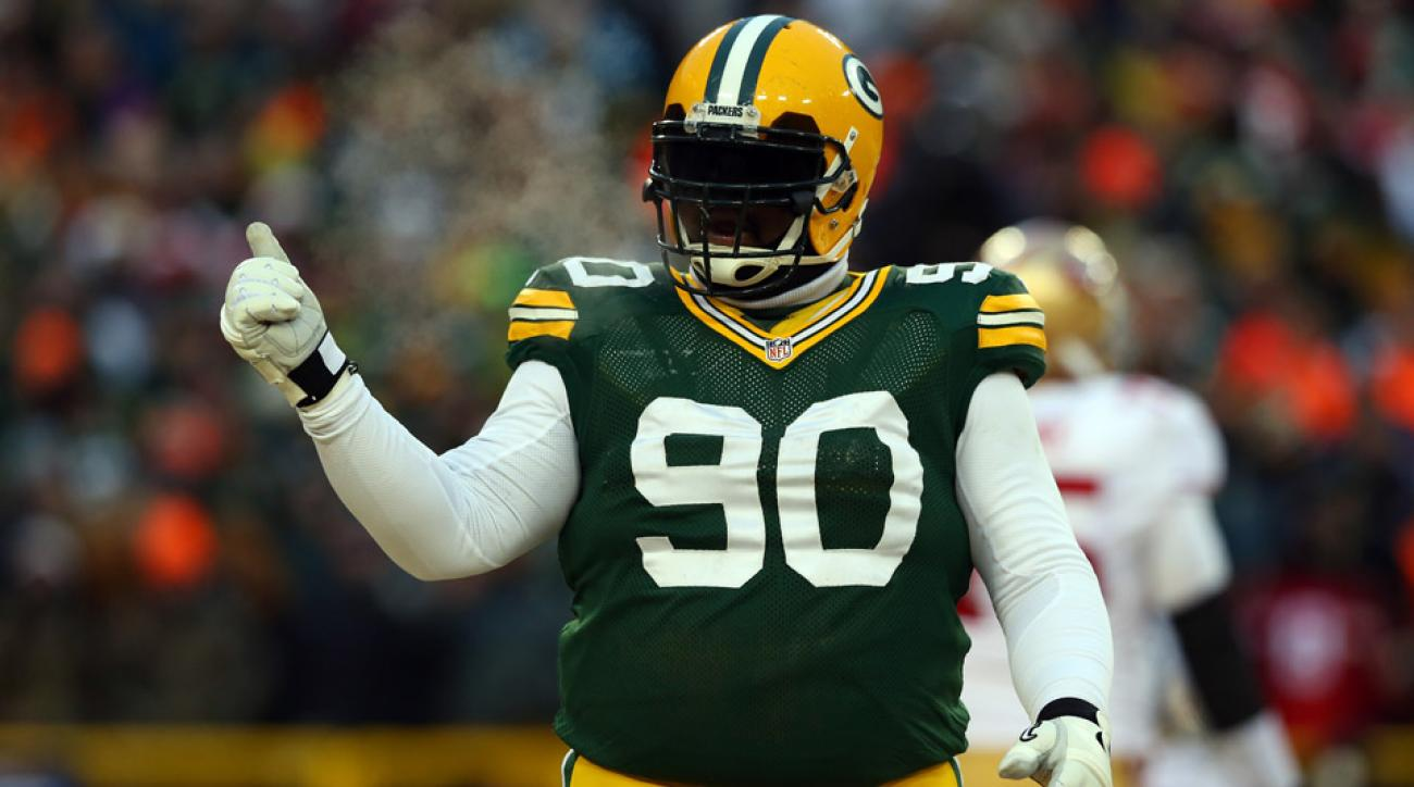 BJ Raji has signed a new deal with the Green Bay Packers.