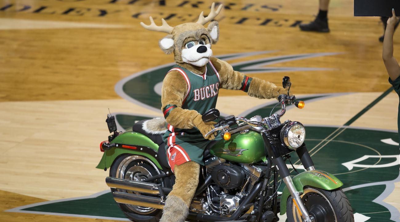 Bucks NBA deer mascots dance to NSYNC