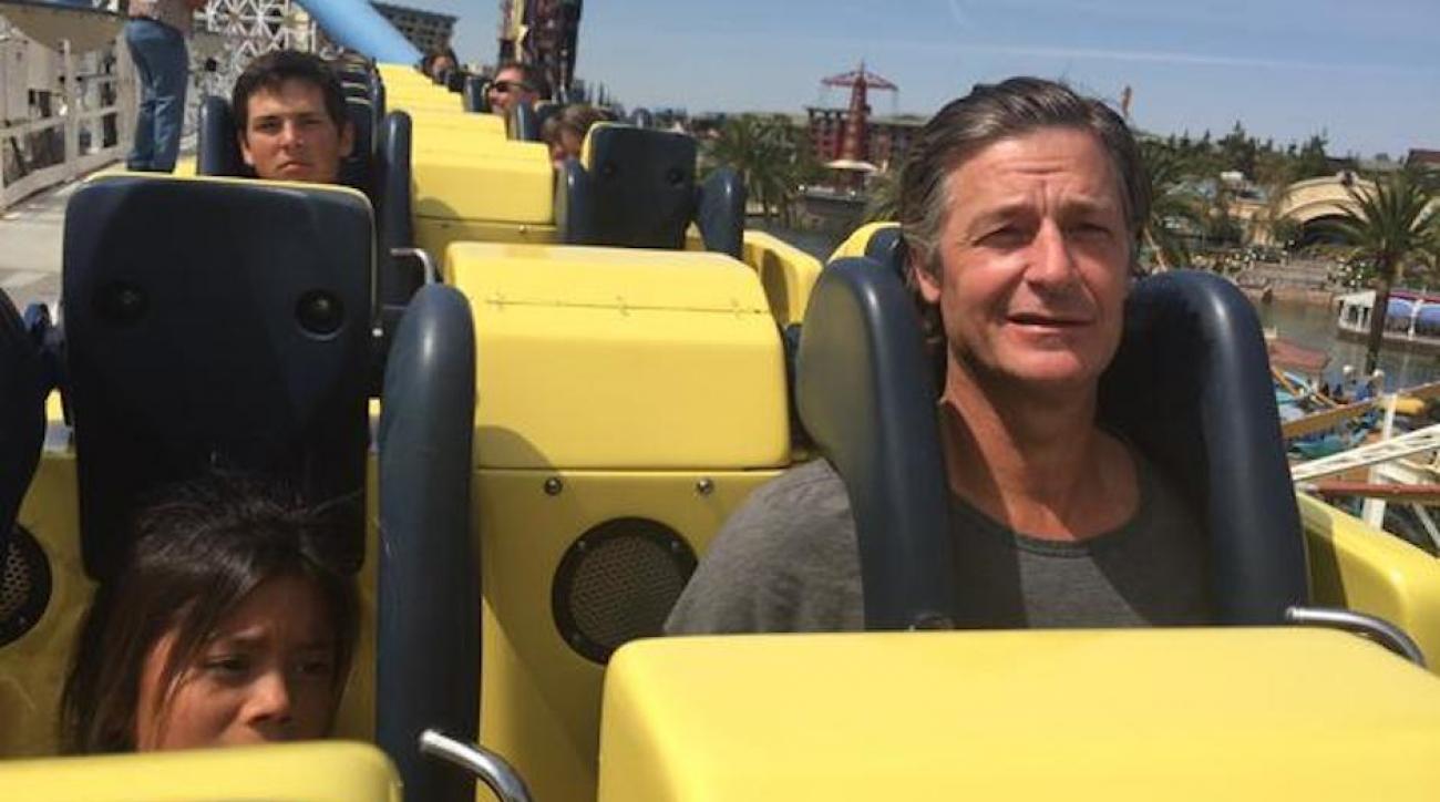 seattle mariners moyer roller coaster disneyland tweets for help