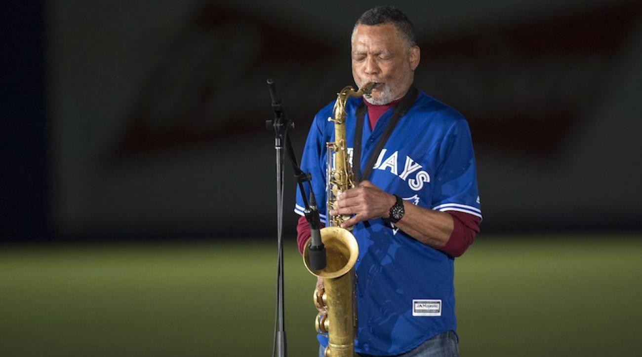 O Canada saxophone montreal blue jays exhibition