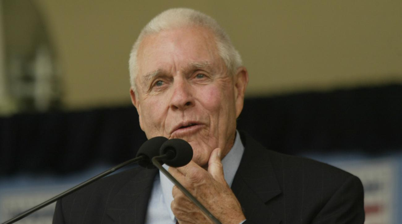 Lon Simmons died at age 91.