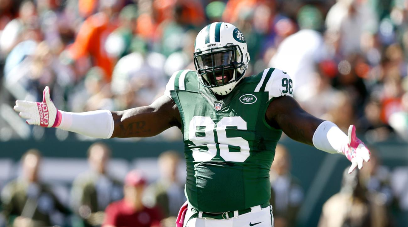 Jets' Wilkerson skips 1st day of voluntary workouts
