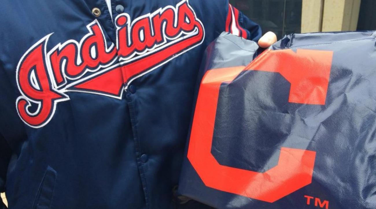 Cleveland Indians hiding gift bags around
