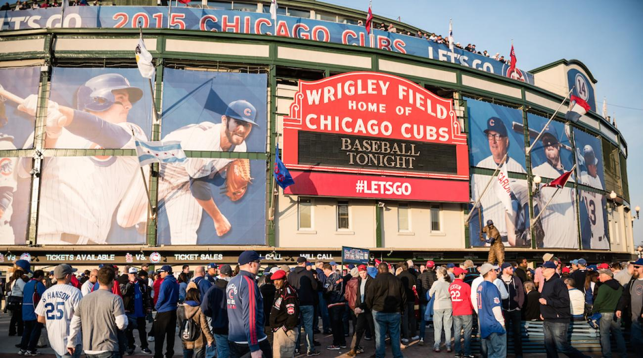 wrigley field chicago cubs opening night 2015