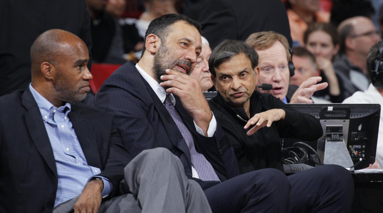 Vlade Divac Sacramento Kings executive