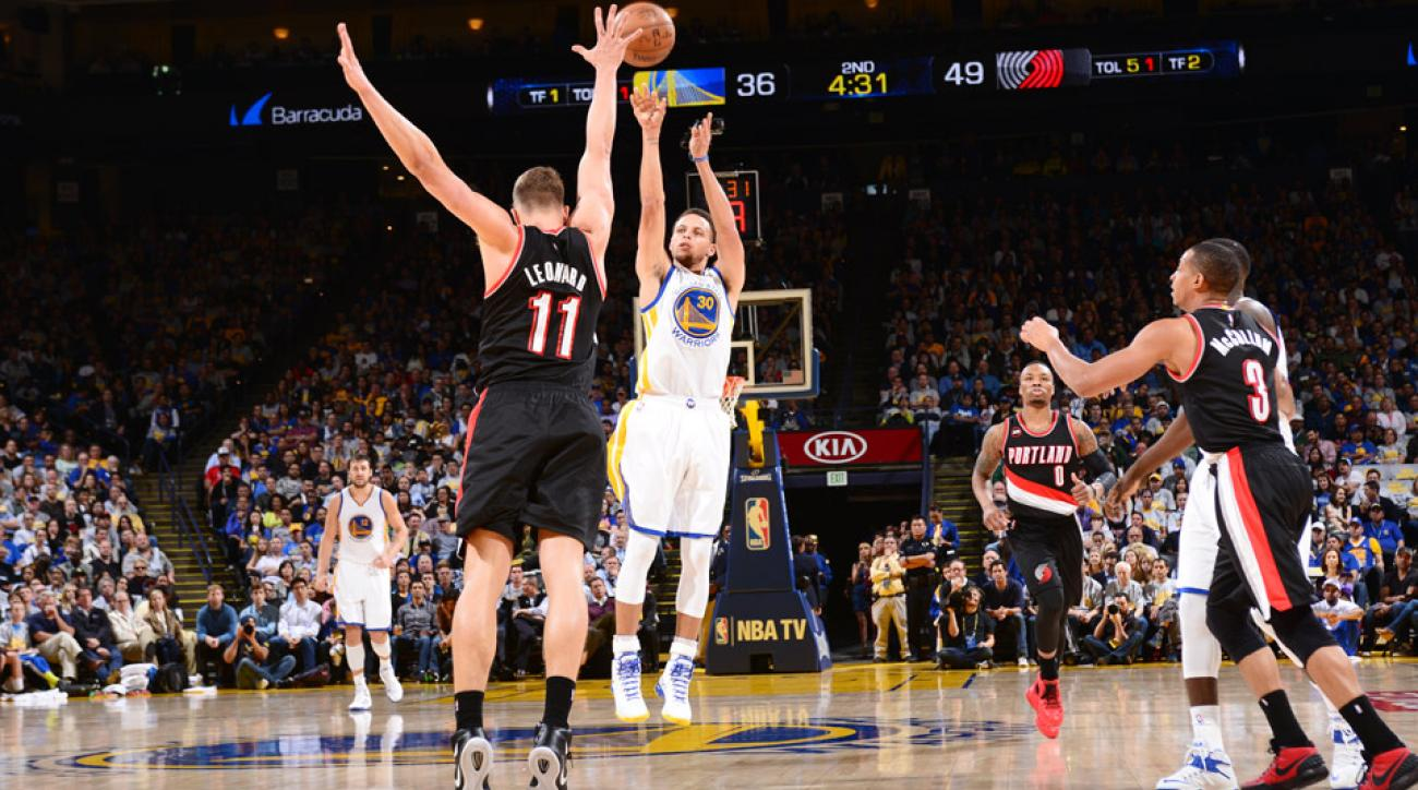 Stephen Curry hit his 273rd three-pointer of season to break his own NBA single-season record.