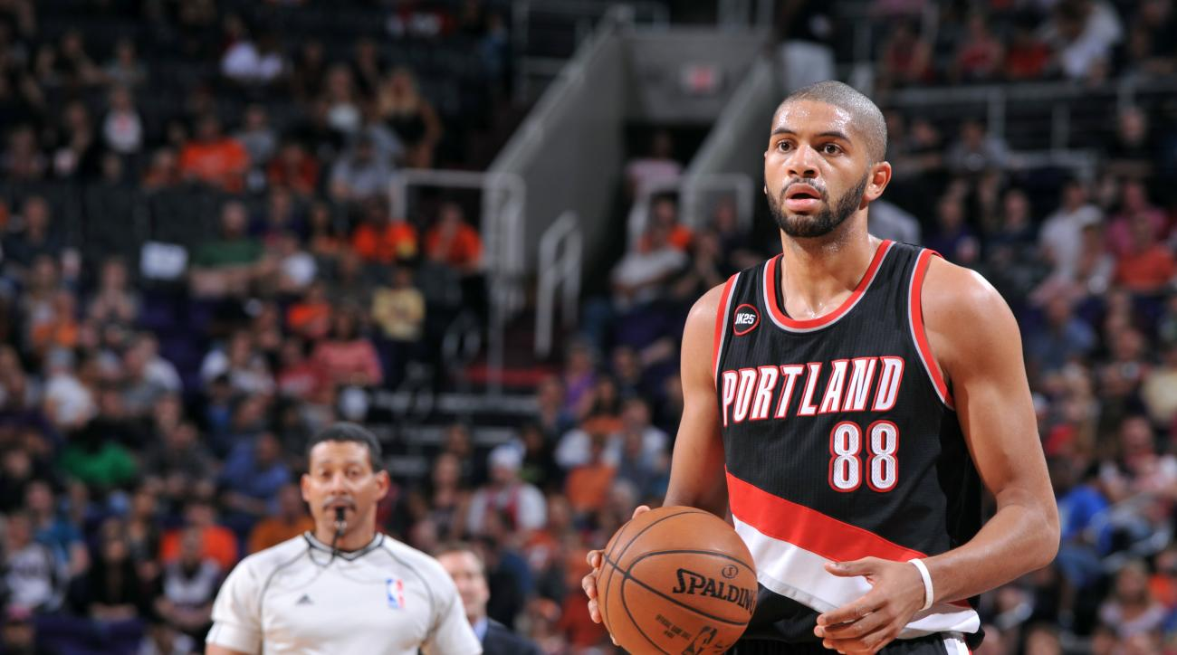 trail blazers nicolas batum cj mccollum chris kaman injury