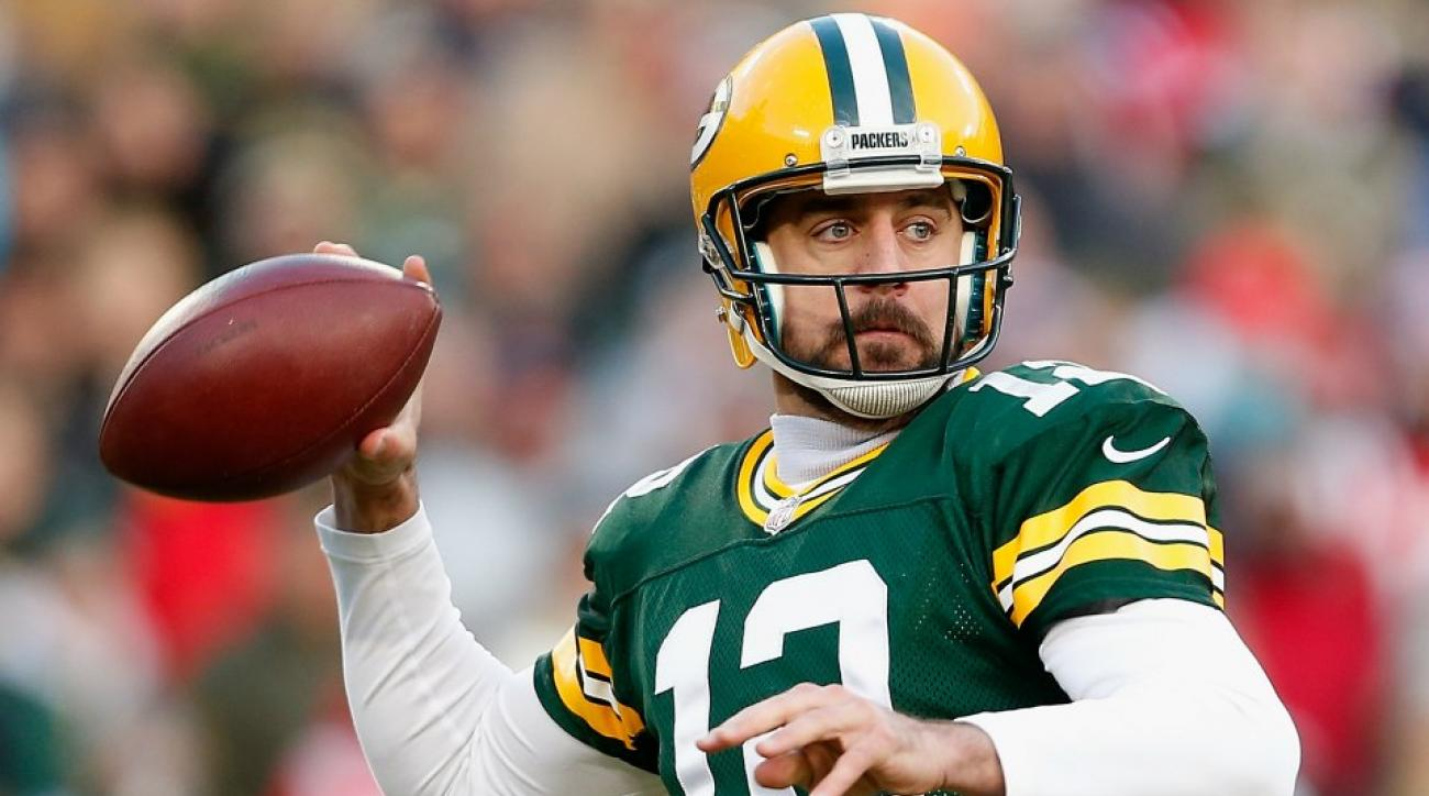 Packers' Aaron rodgers jokes about pirates, cowboys on Twitter