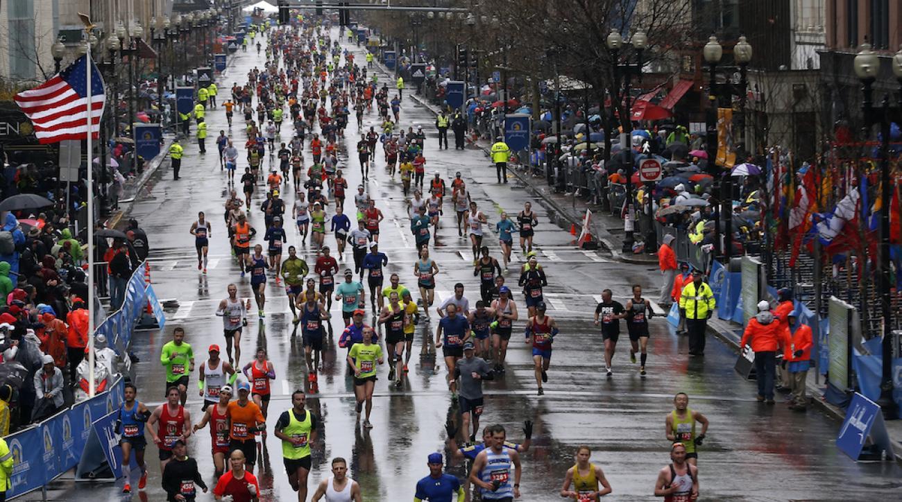 2015 boston marathon runners