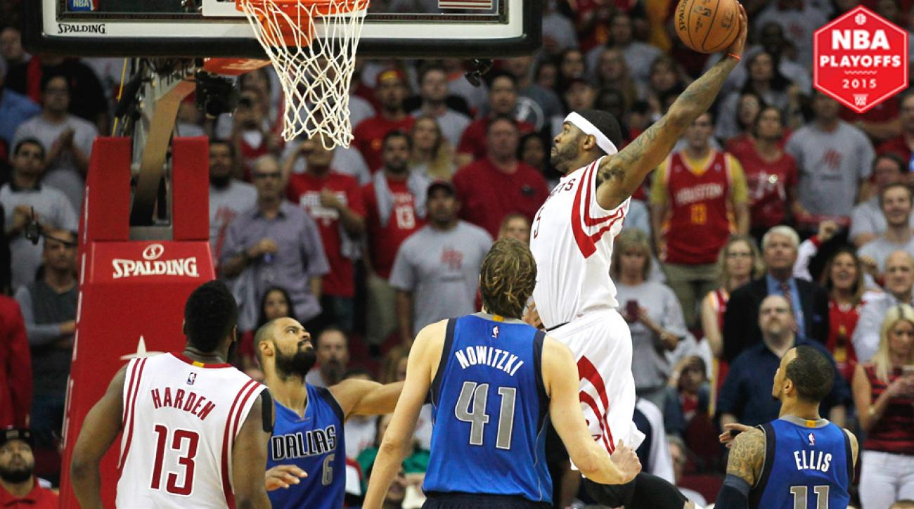 Josh Smith dominated in the fourth quarter in Houston's win over Dallas.