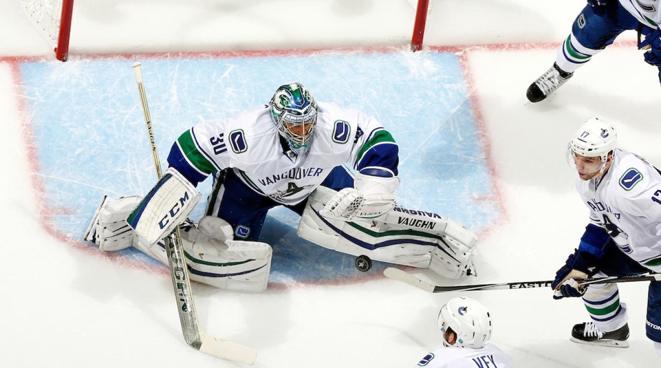 vancouver canucks ryan miller game 5 start