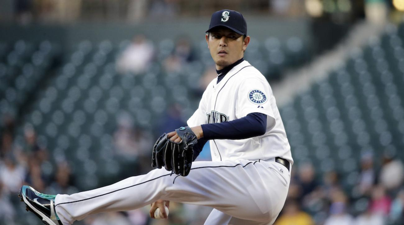 iwakuma lattitimus dorsi 15 day disabled injury status