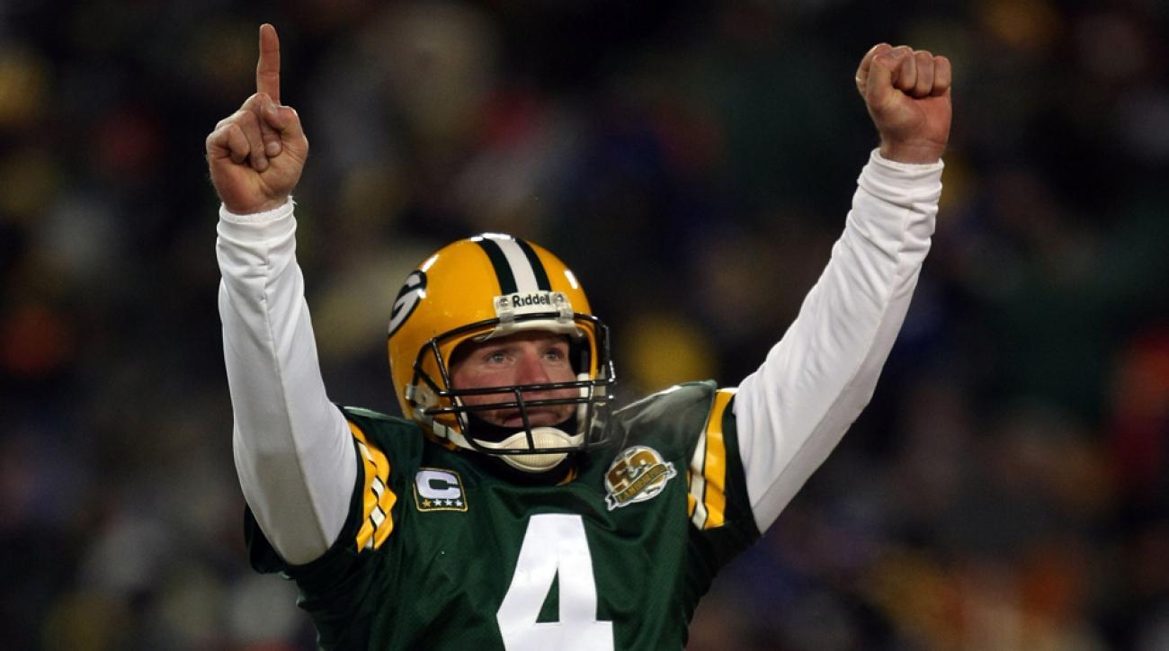 Green Bay Packers honor Brett Favre Thanksgiving