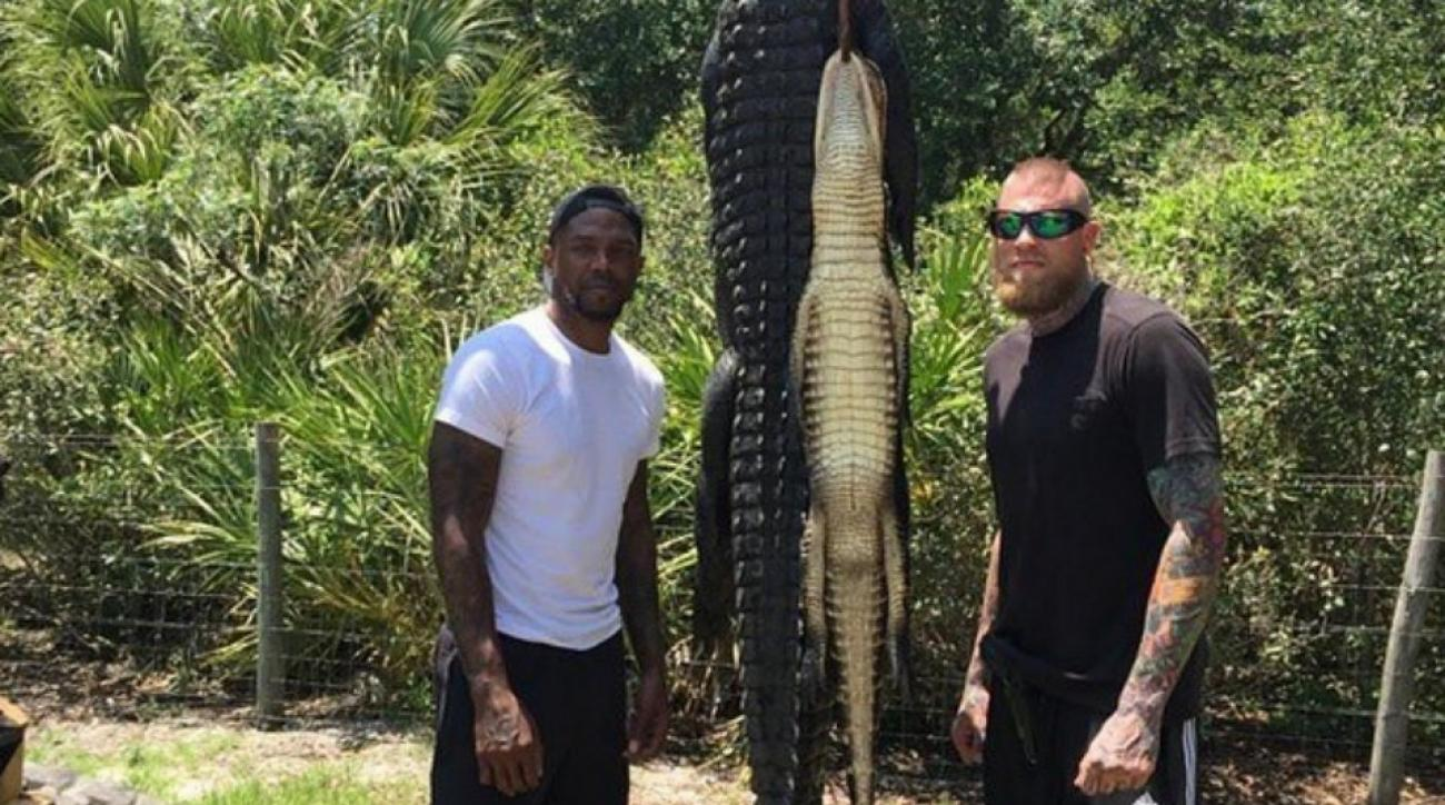 Heat's Udonis Haslem and Chris Andersen go gator hunting