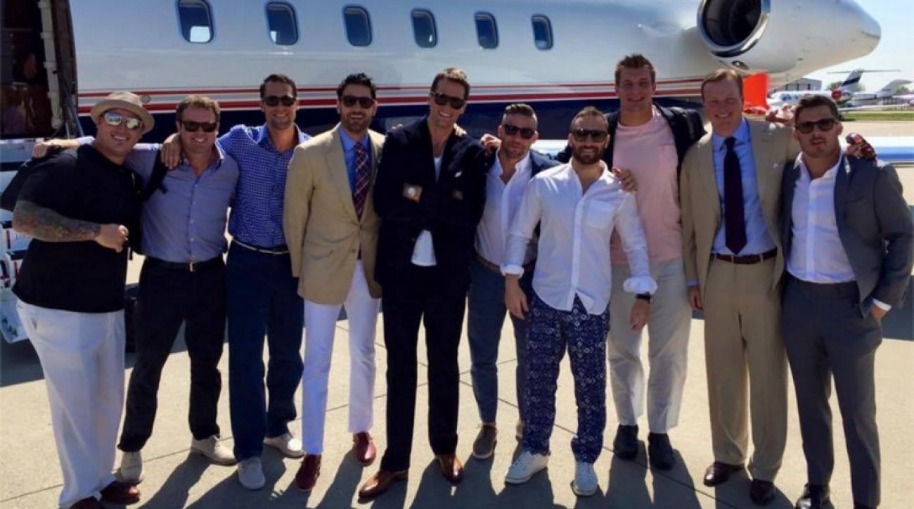 Tom Brady Rob Gronkowski, Patriots WRs heading to Kentucky Derby