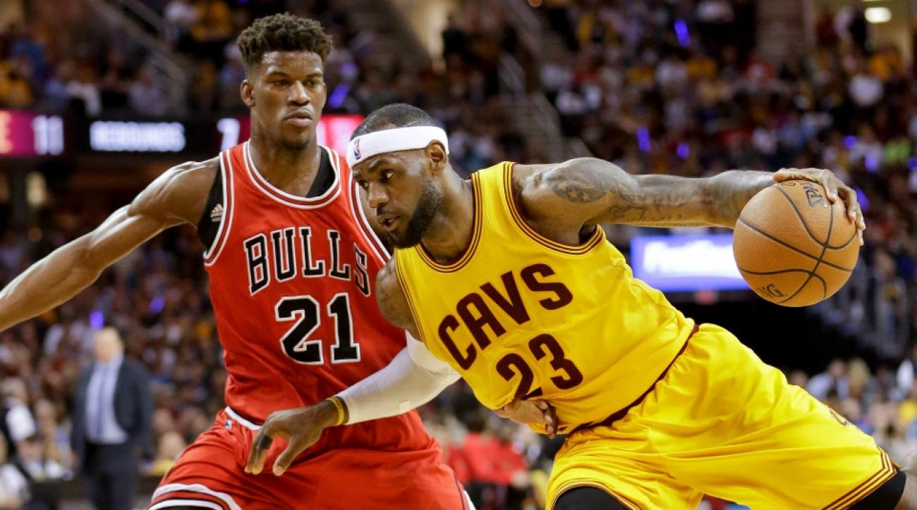 LeBron leads Cavs to Game 2 victory