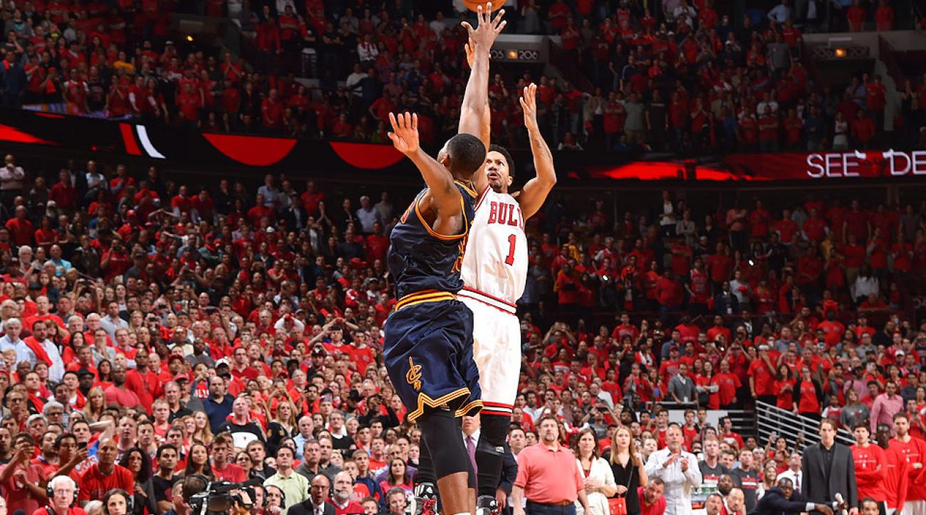 Derrick Rose hit a buzzer-beating three to defeat the Cavaliers in Game 3.