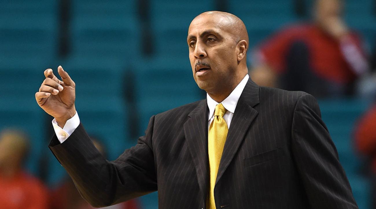 Washington basketball Jaquori McLaughlin decommits