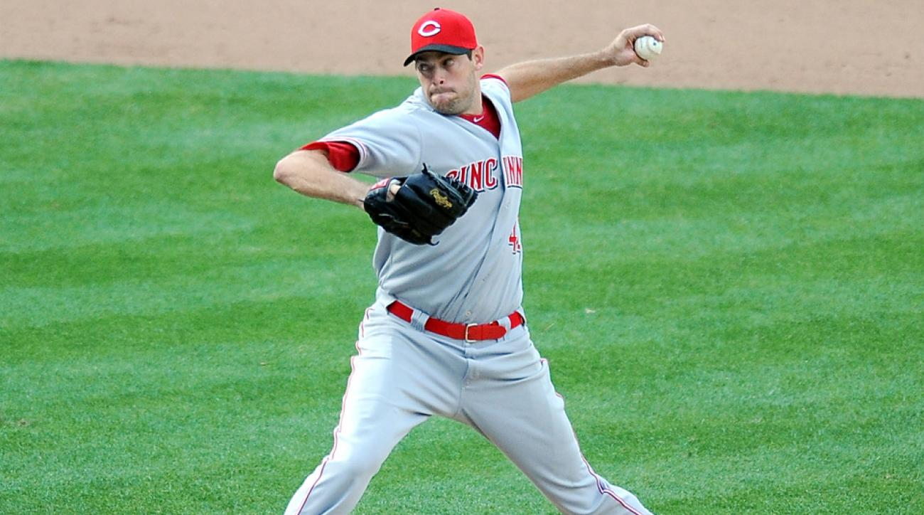 Cincinnati Reds pitcher Sean Marshall will have shoulder surgery.