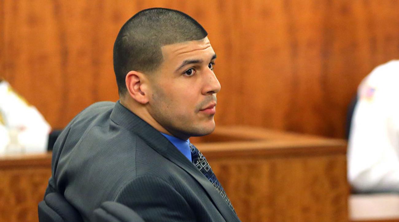 Aaron Hernandez broke attorney fiancee
