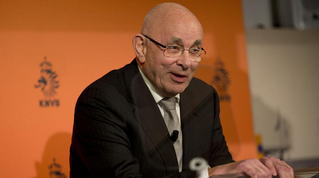Van Praag withdraws from FIFA presidential race