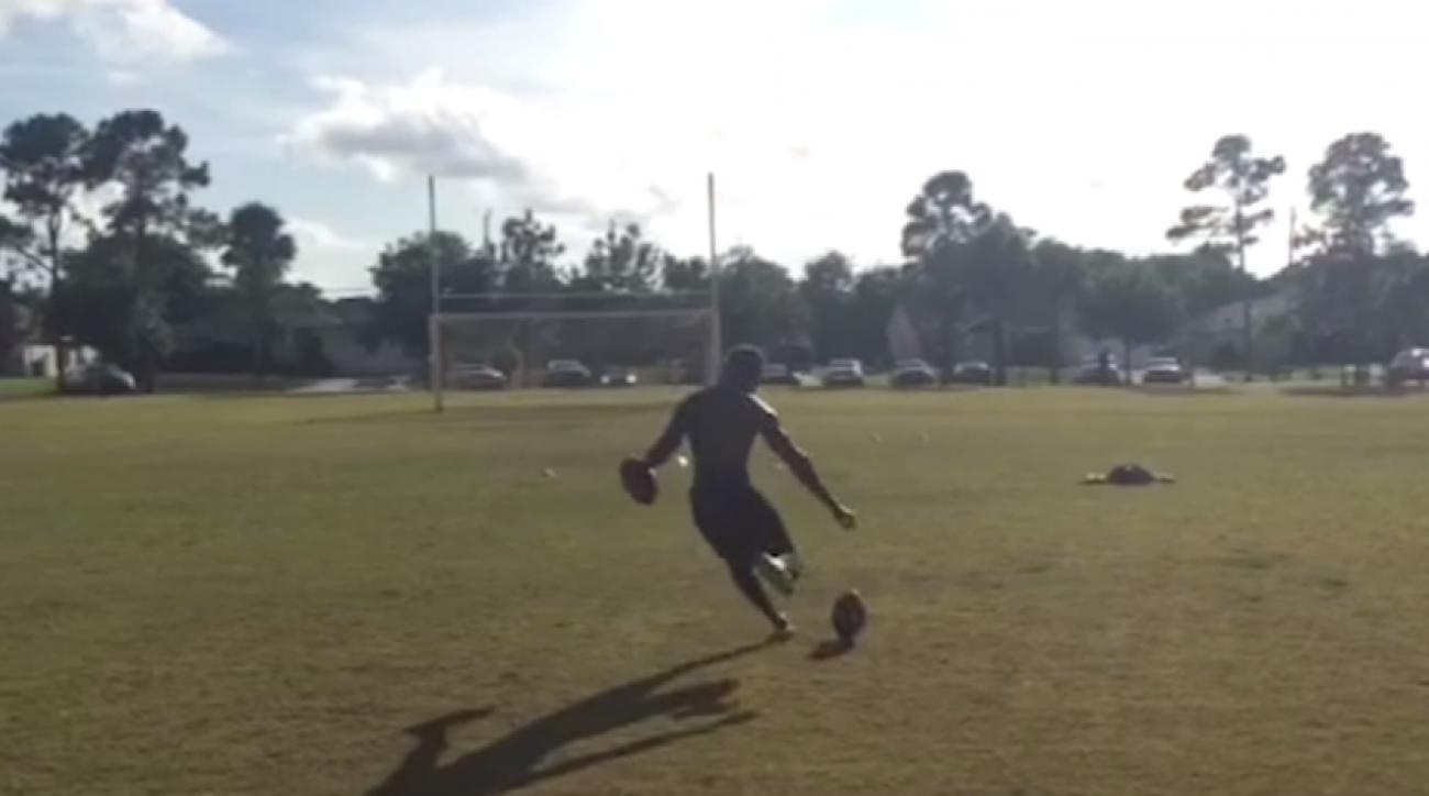 ucf football donald delahaye trick field goals