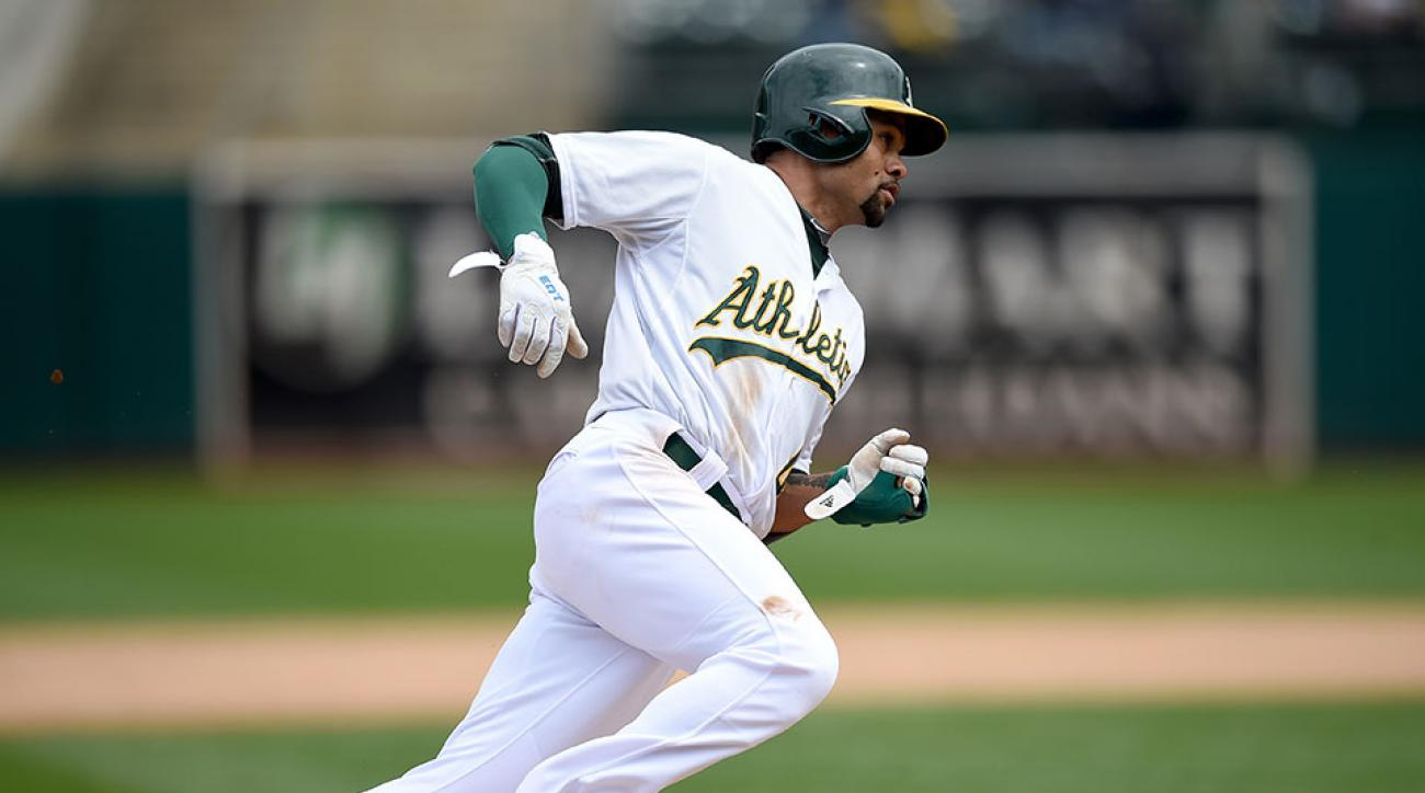 Oakland Athletics Coco Crisp neck injury