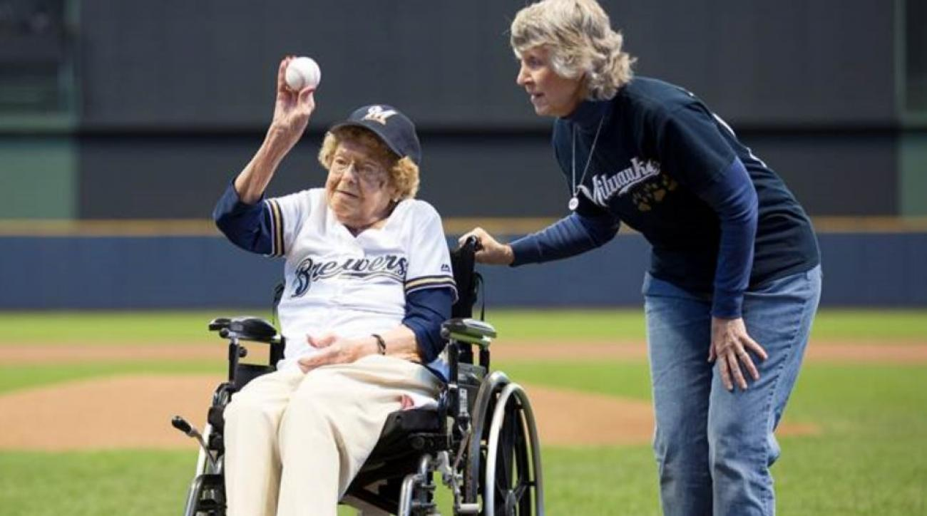 102-year-old Gladys Holbrook throws out first pitch