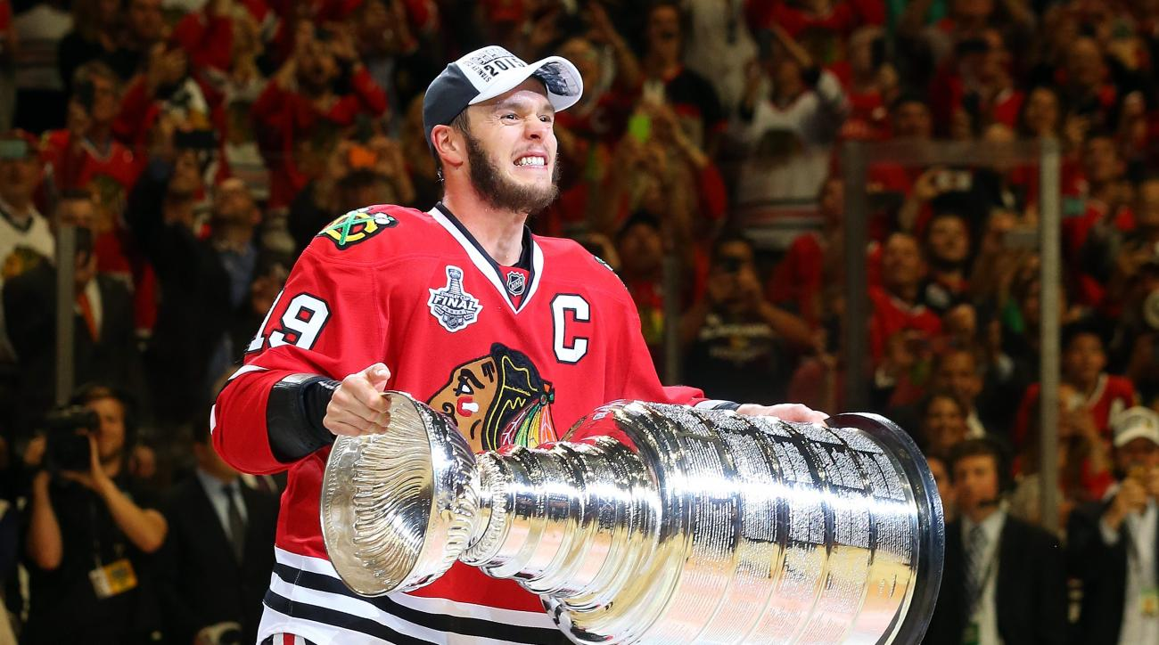 stanley cup chicago blackhawks delay weather