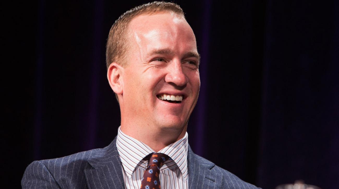 Peyton Manning led the Colorado Symphony in Rocky Top at a Denver Broncos event.