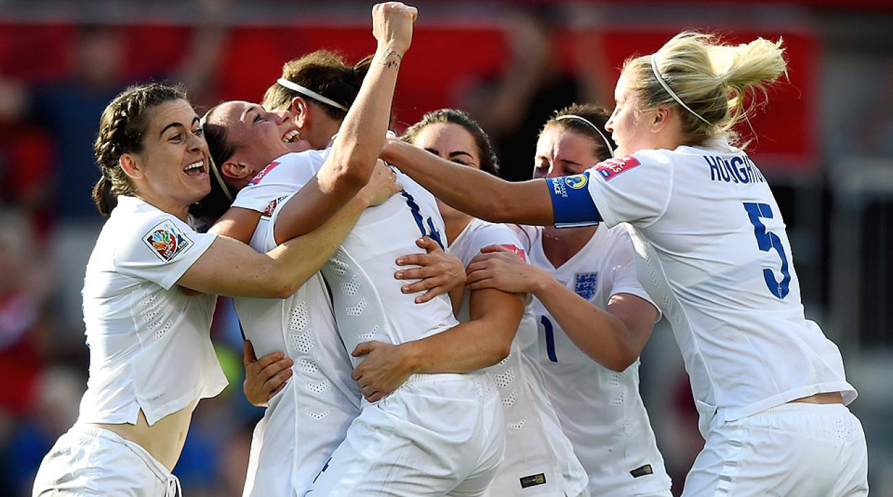 England's Lucy Bronze blasted a goal to defeat Norway and advance in Women's World Cup.