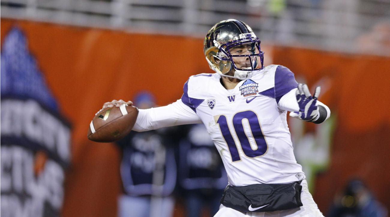 Washington QB Cyler Miles retires due to hip injury
