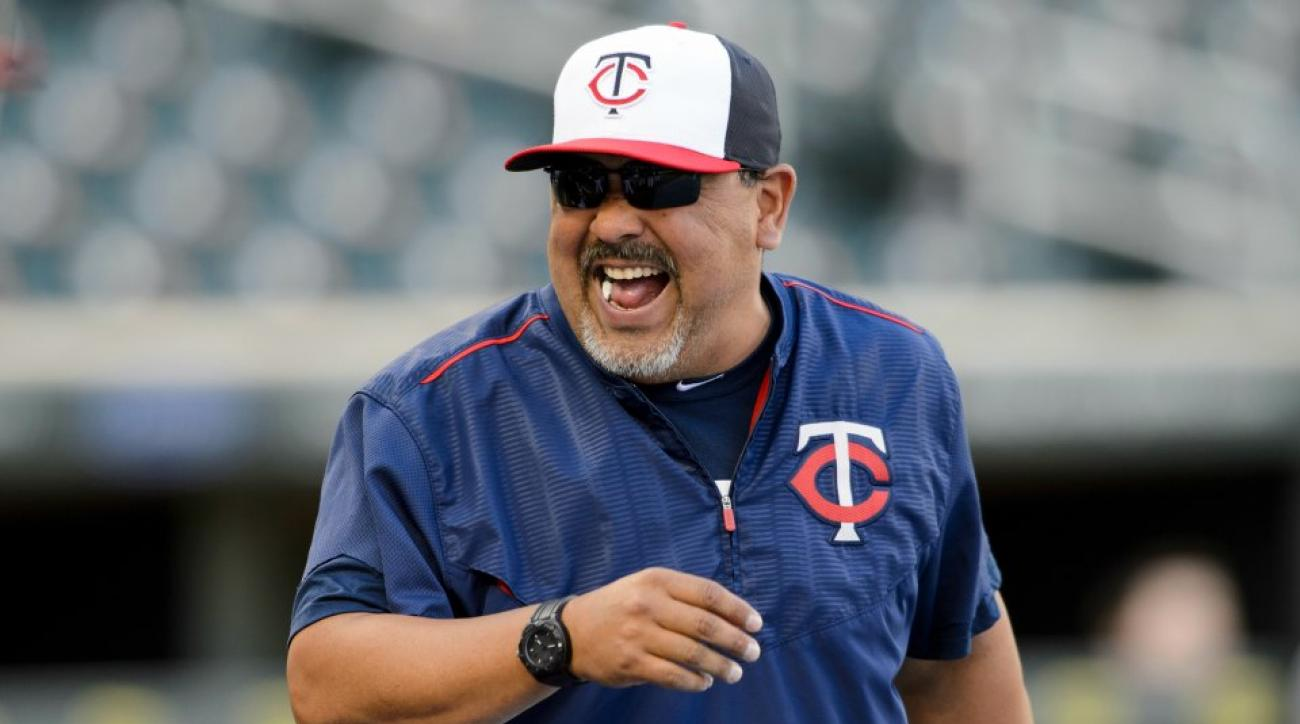 Twins scare bullpen coach Eddie Guardado with airhorn