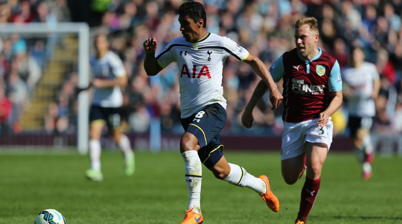 Paulinho is moving from Tottenham to China's Guangzhou Evergrande