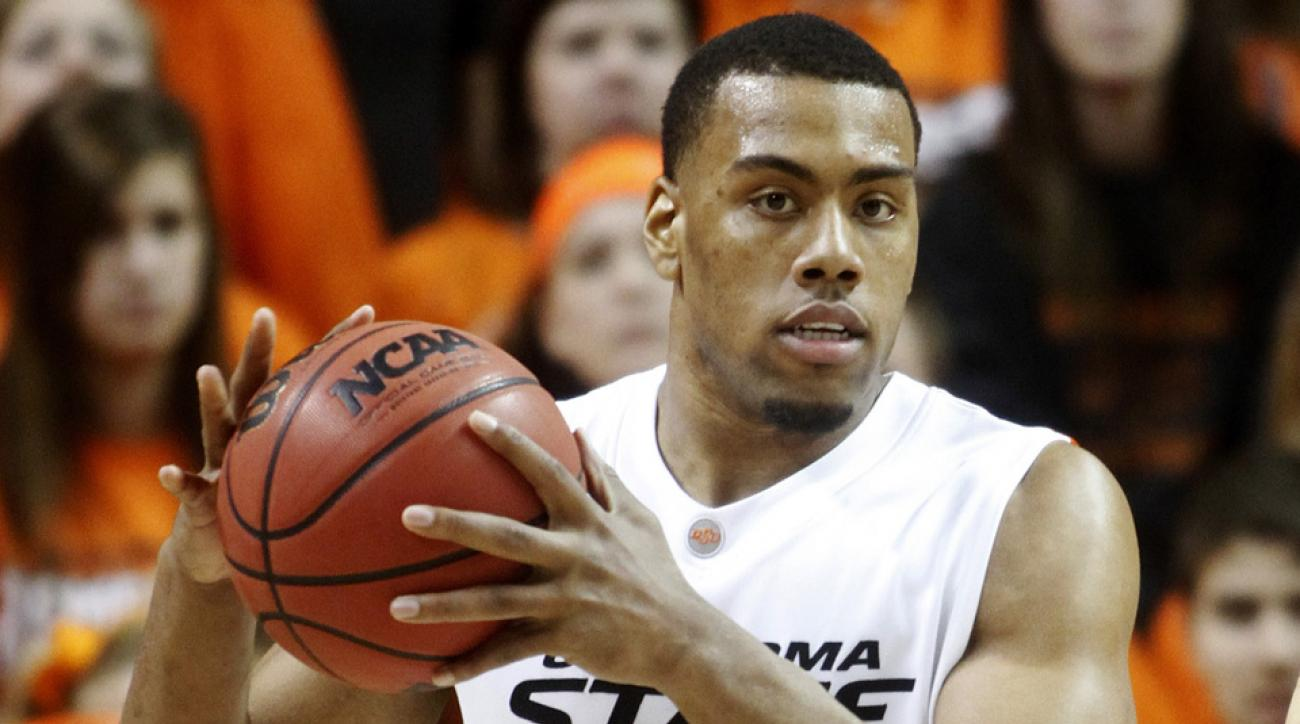 Darrell Williams playing for Oklahoma State in 2011