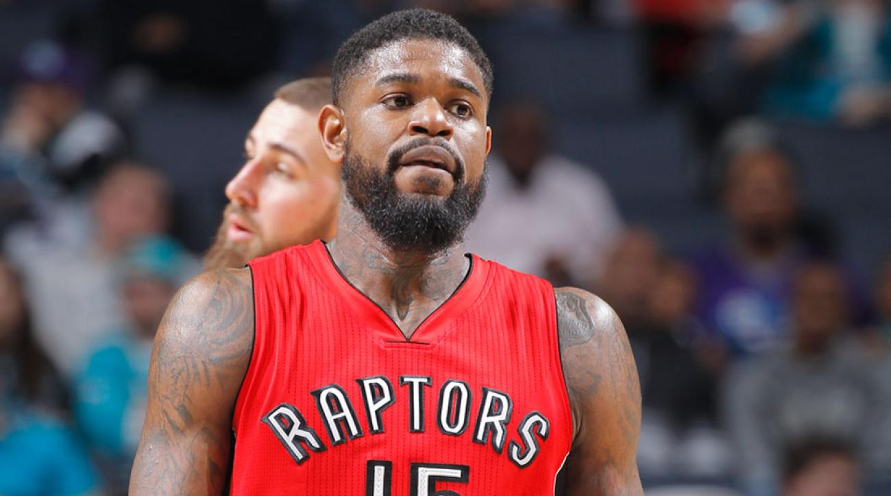 amir johnson celtics contract nba free agency 2015