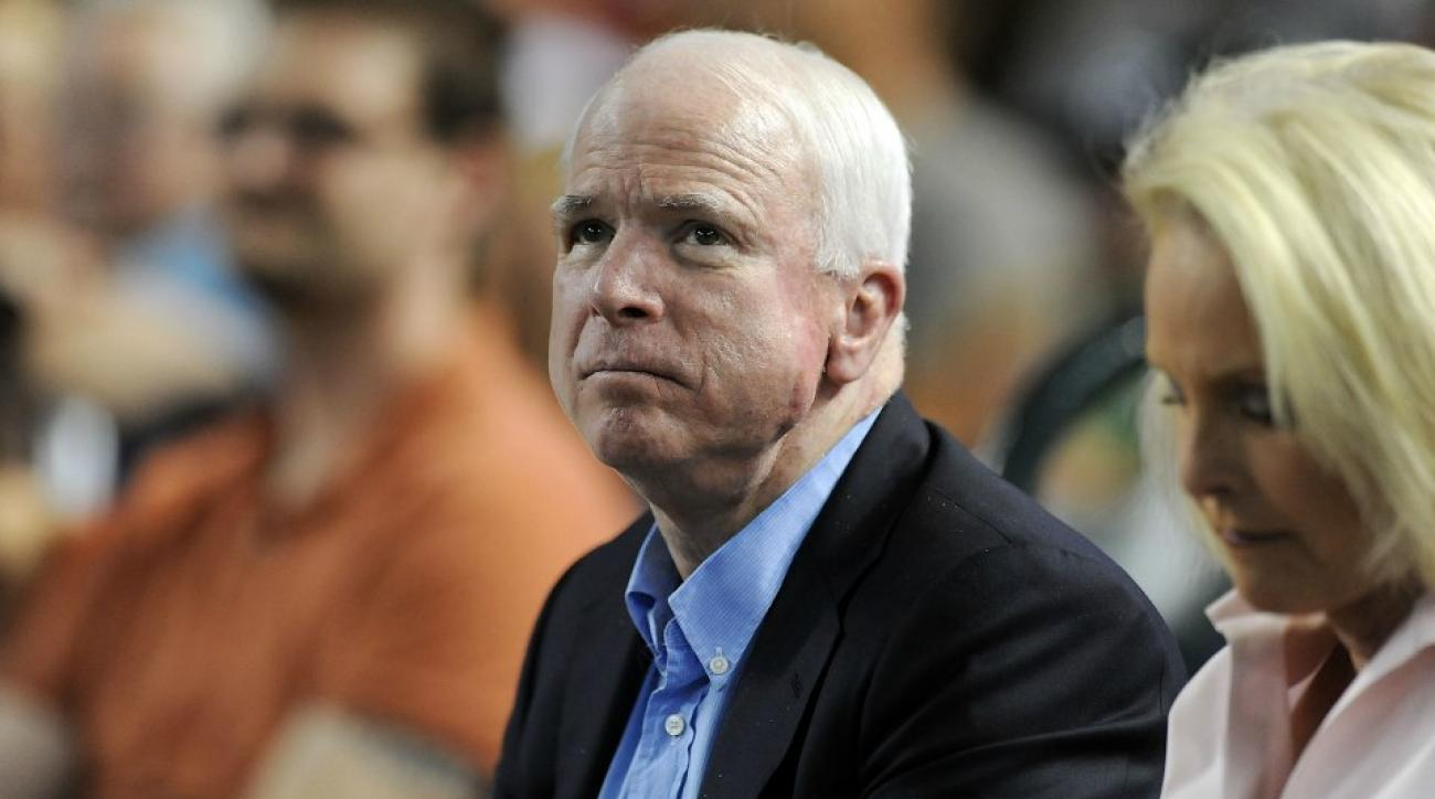 John McCain whiffed on a foul ball catch at a Diamondbacks game