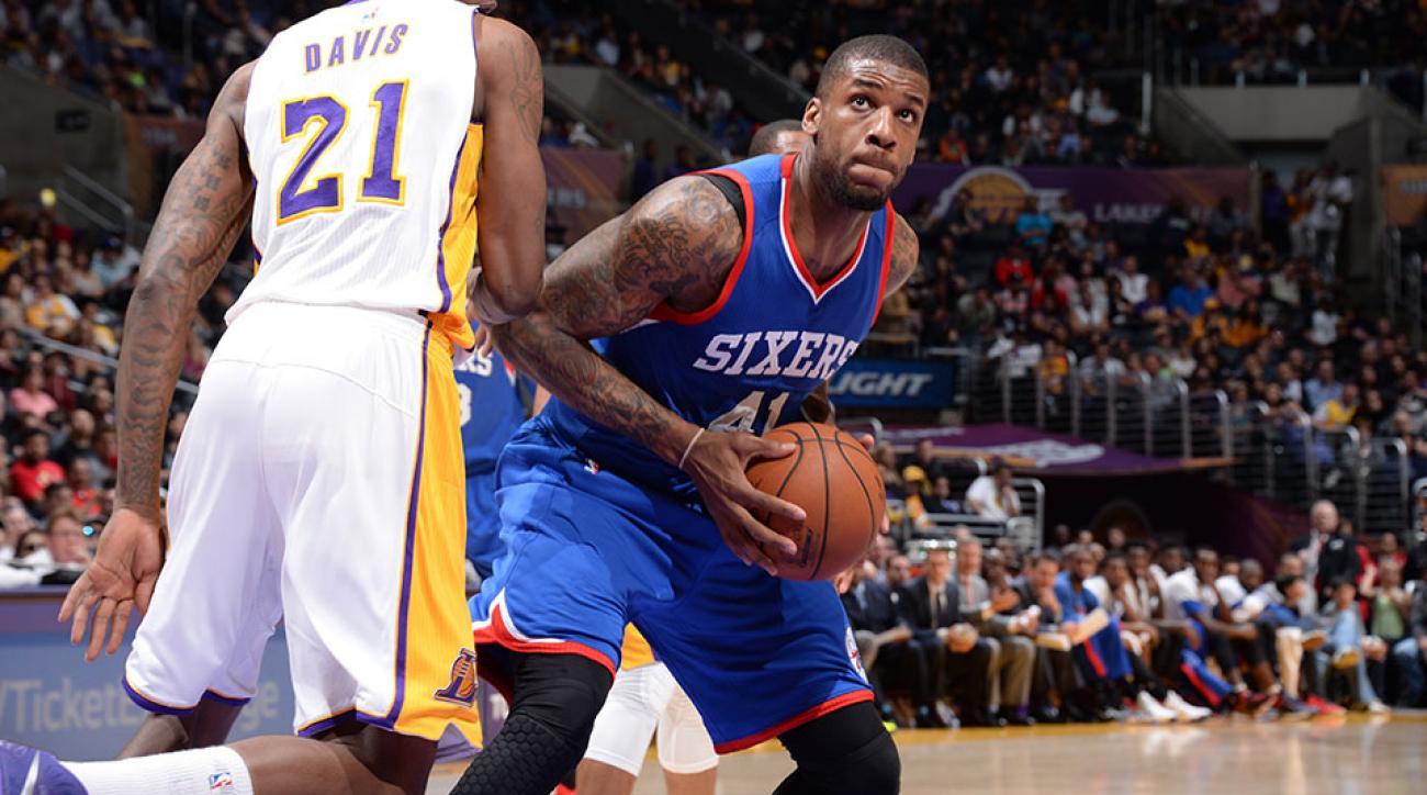 Brooklyn Nets sign Thomas Robinson