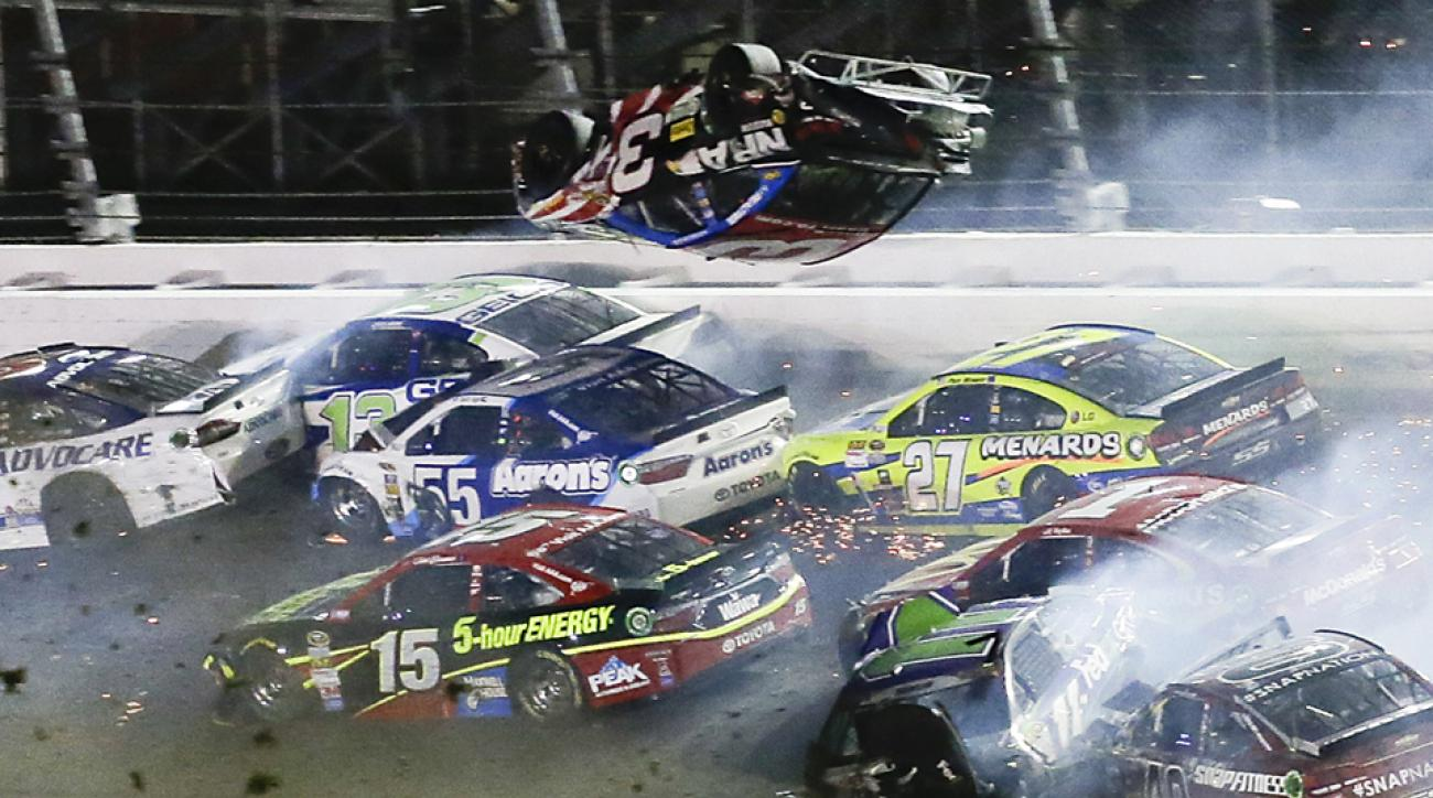 Five fans suffer injuries at Coke Zero 400