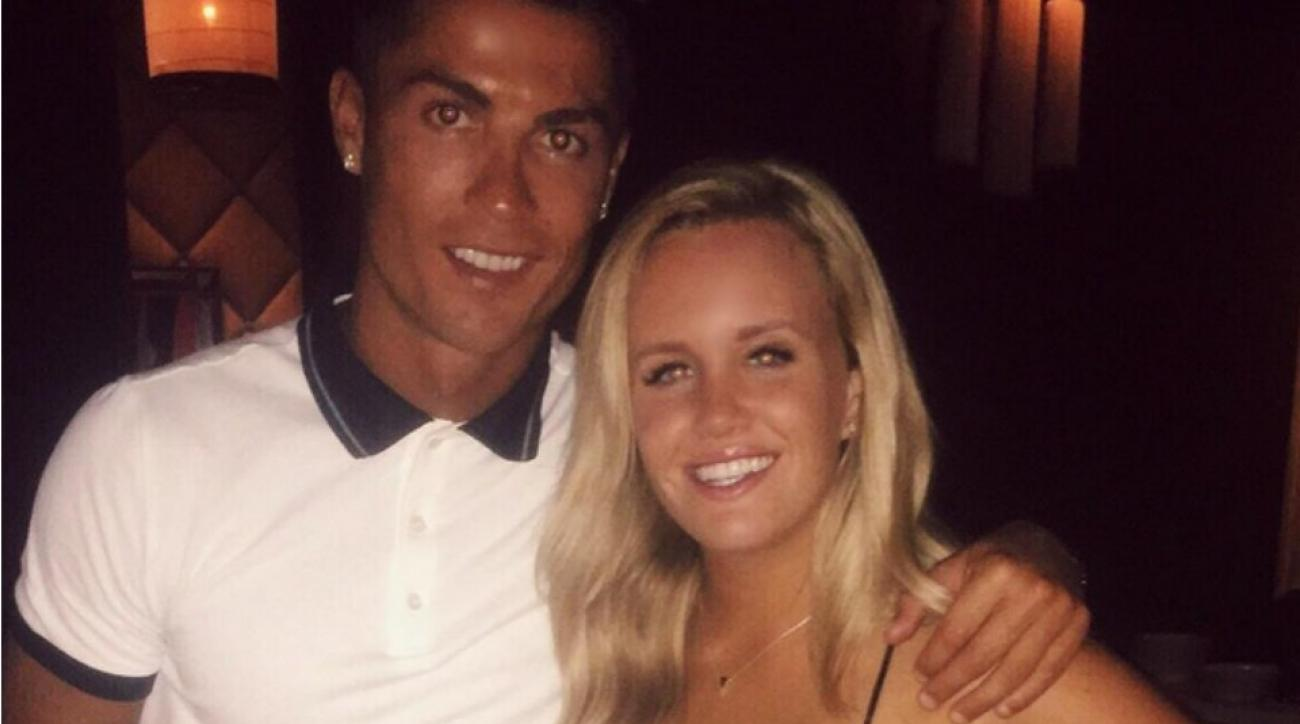 Cristiano Ronaldo returned a lost phone and took the owner and friends to dinner