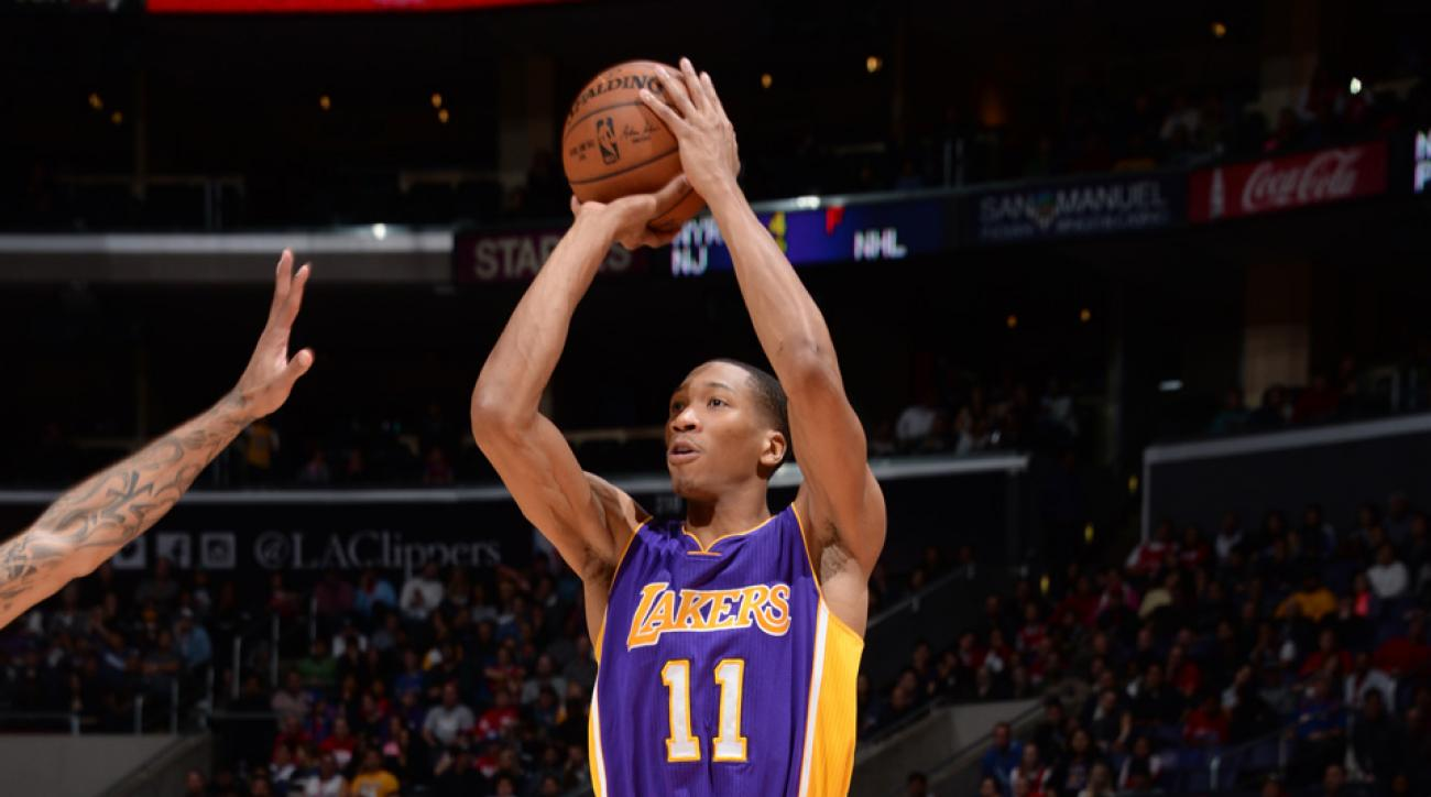 los angeles clippers wesley johnson signs