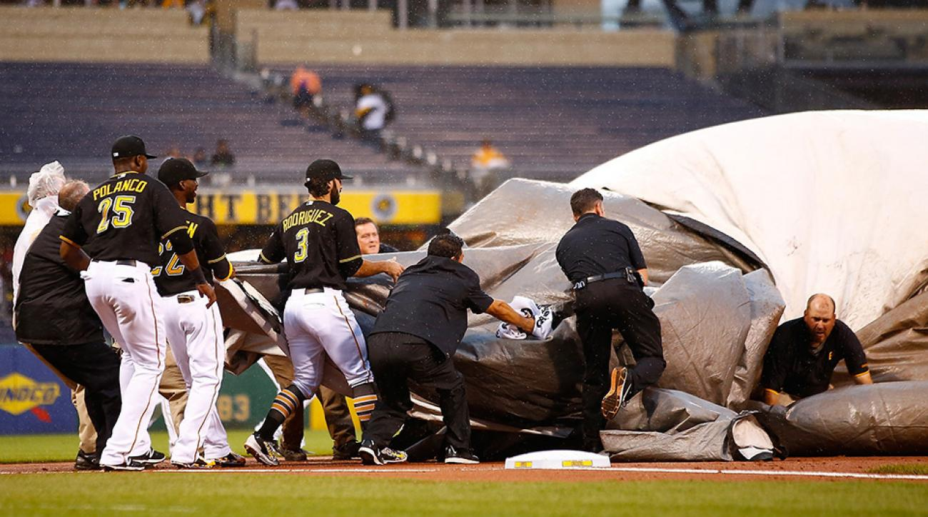 pittsburgh pirates groundskeeper tarp infield